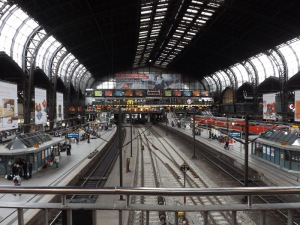Hamburg Hauptbahnhof, stasiun kereta paling sibuk di seluruh Jerman