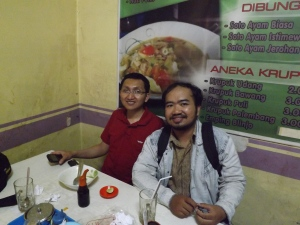 Bertemu sahabat karib waktu kuliah, Om Arief a.k.a. Babol.
